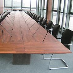 bureau-conference-bois-massif
