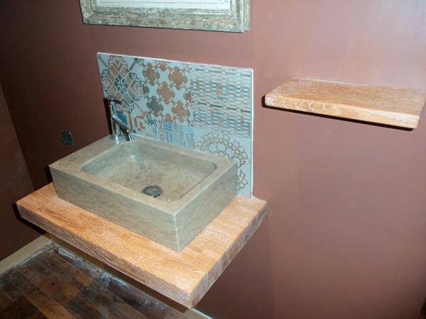 salle de bain plan de travail bois pais sur mesure meuble salle de bainflip design bois. Black Bedroom Furniture Sets. Home Design Ideas
